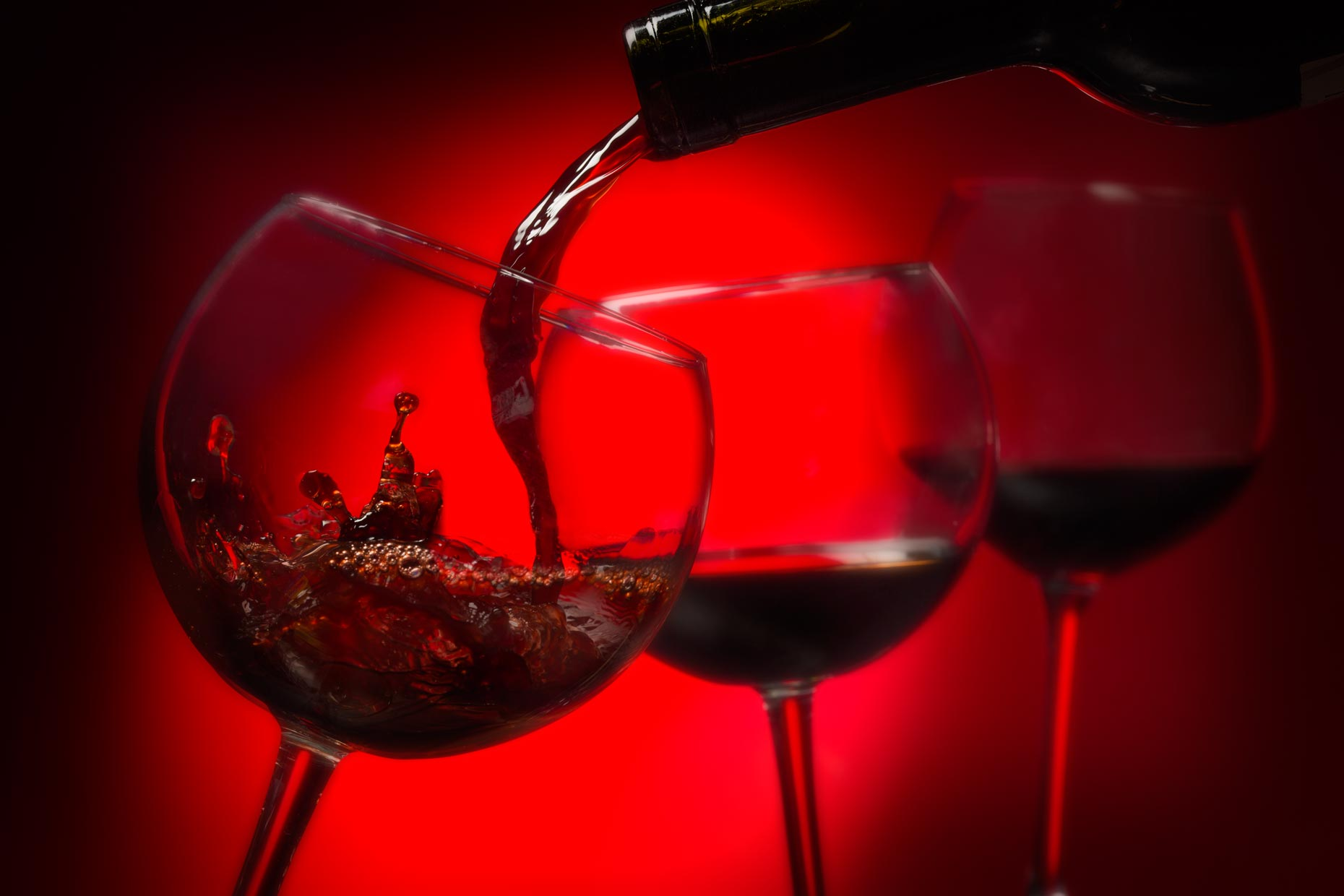 Beverage Photography | Red WinePour 3  glasses