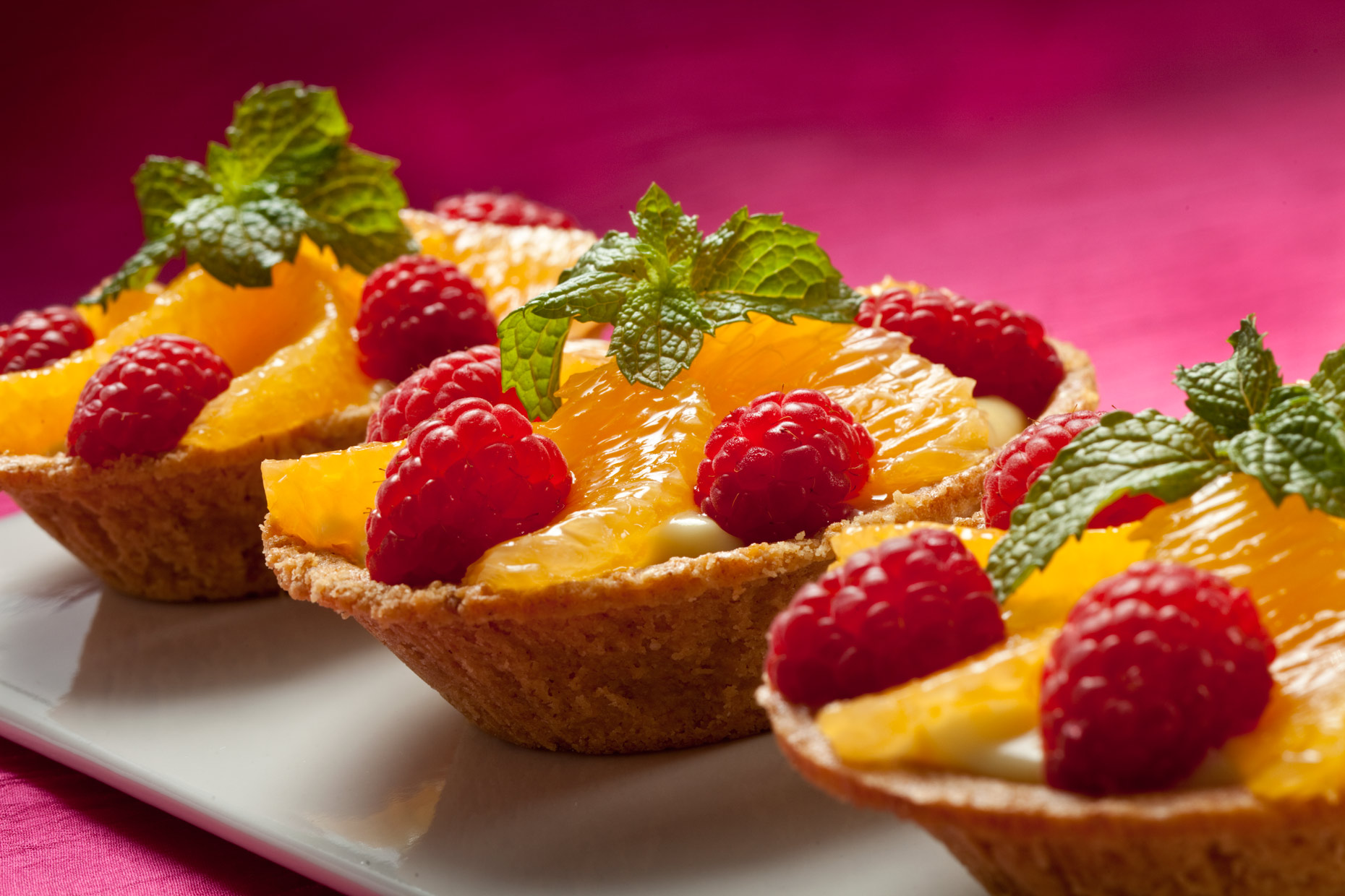 Dessert Photography | Tarts with Raspberries