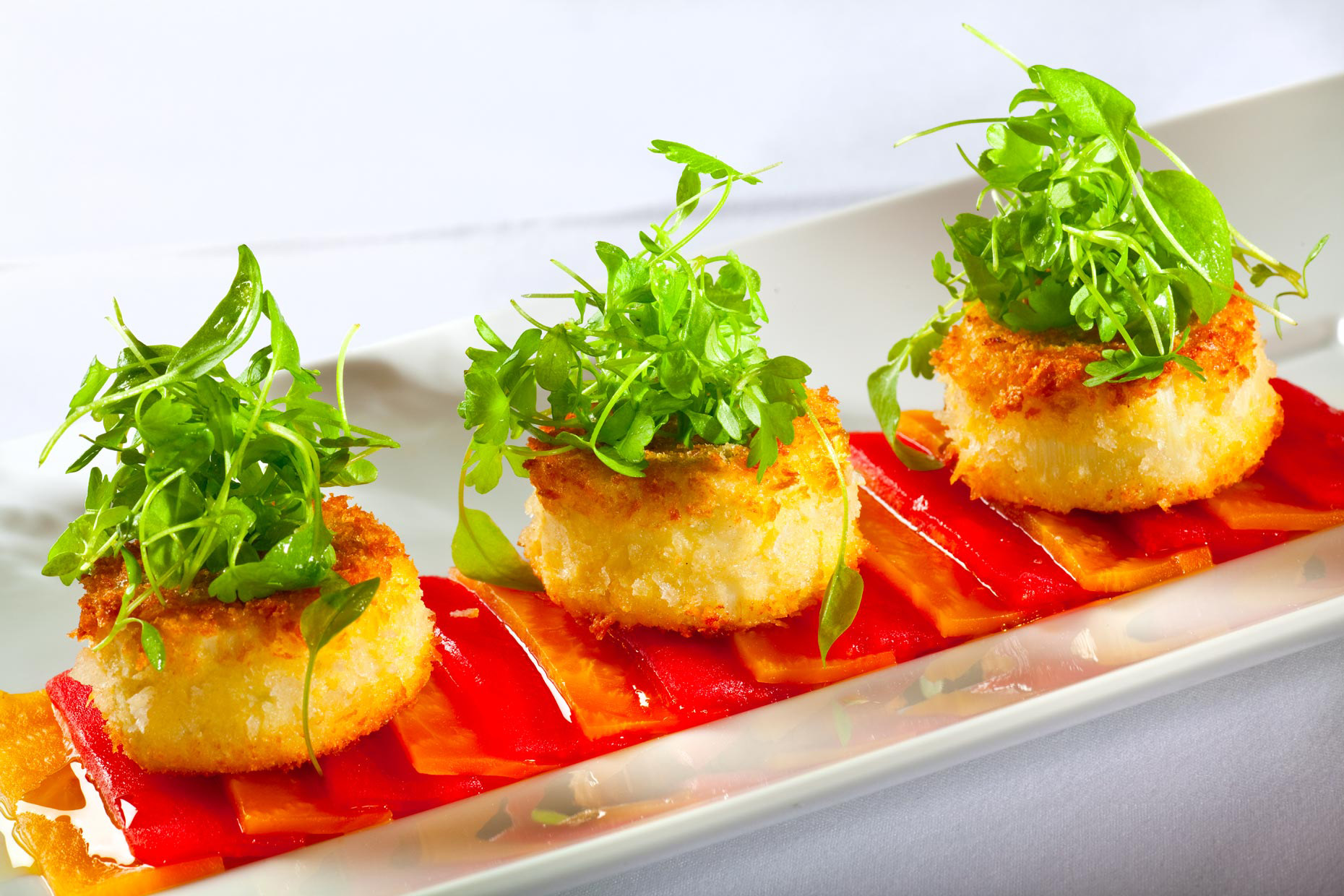 Food Photography | Crabcakes with microgreens on tomatoes