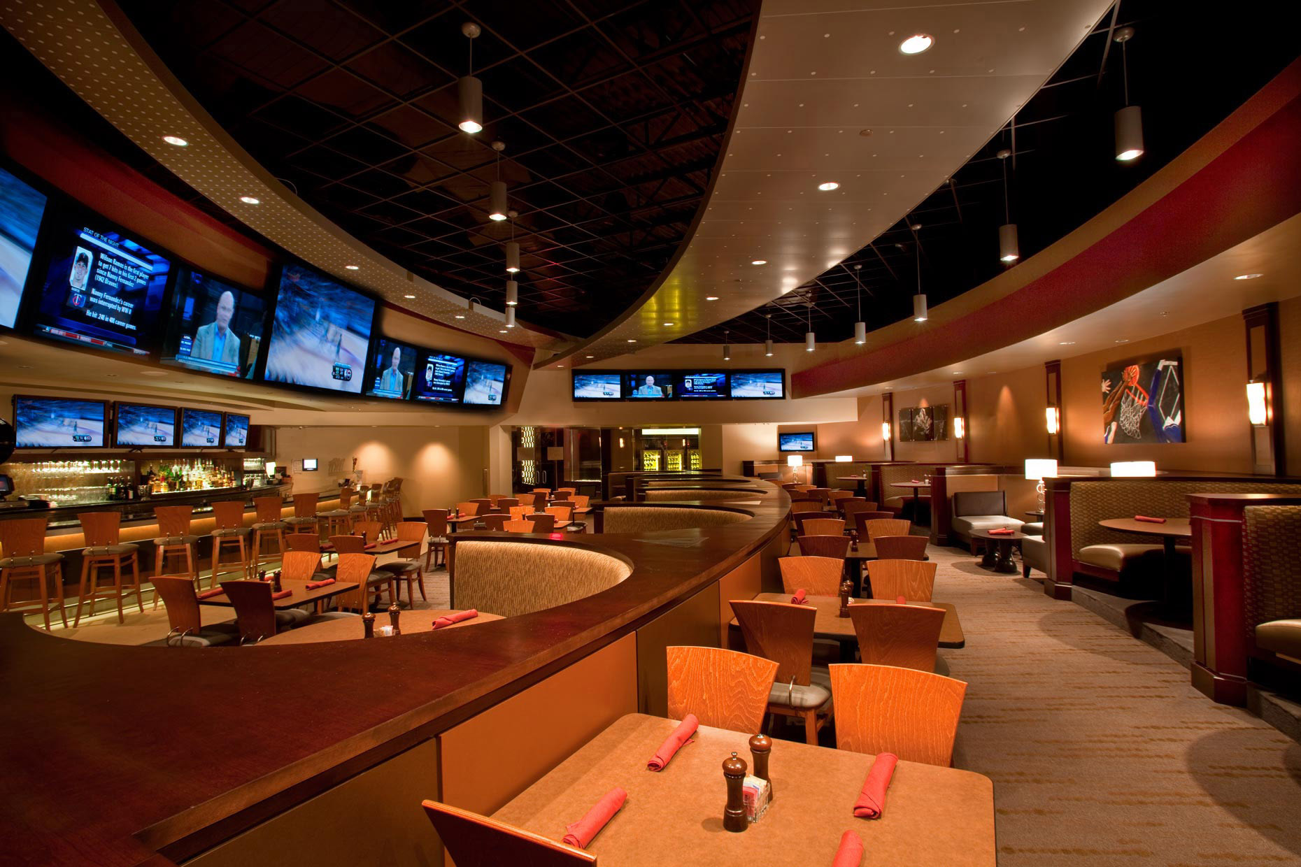 Vince Carter Restaurant Interior | Architecture