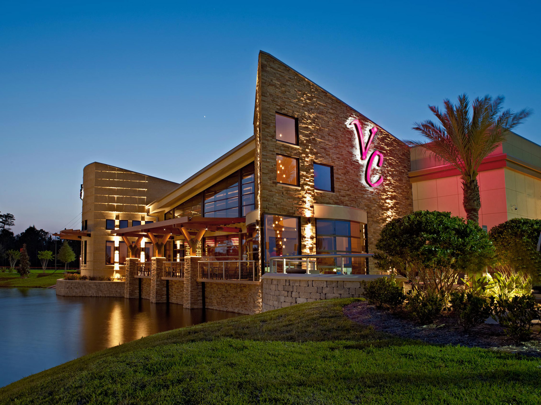 Chef & Restaurant Photography | Vince Carter Restaurant Exterior