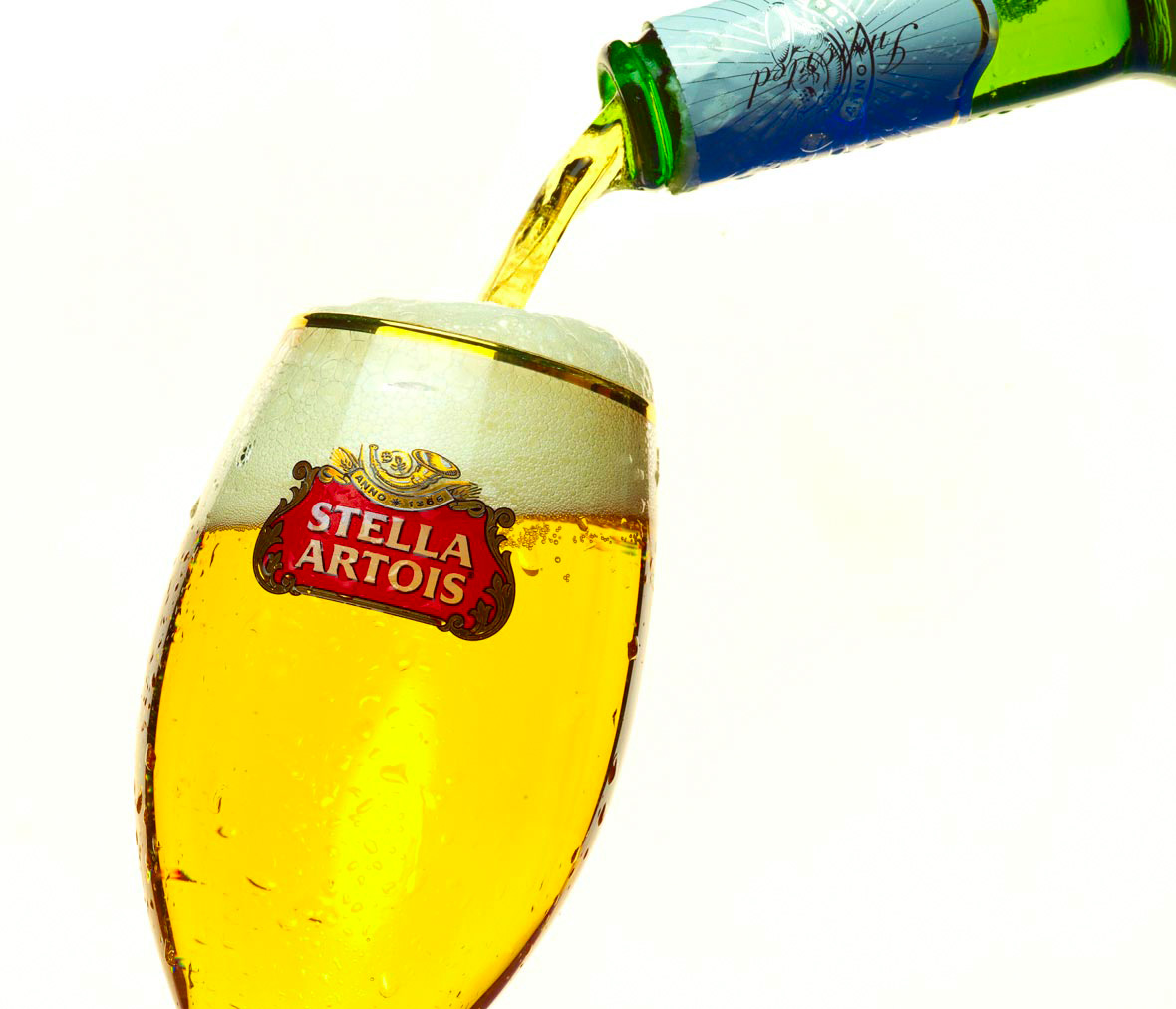 Beverage Photography | Stella Artois Beer Pour