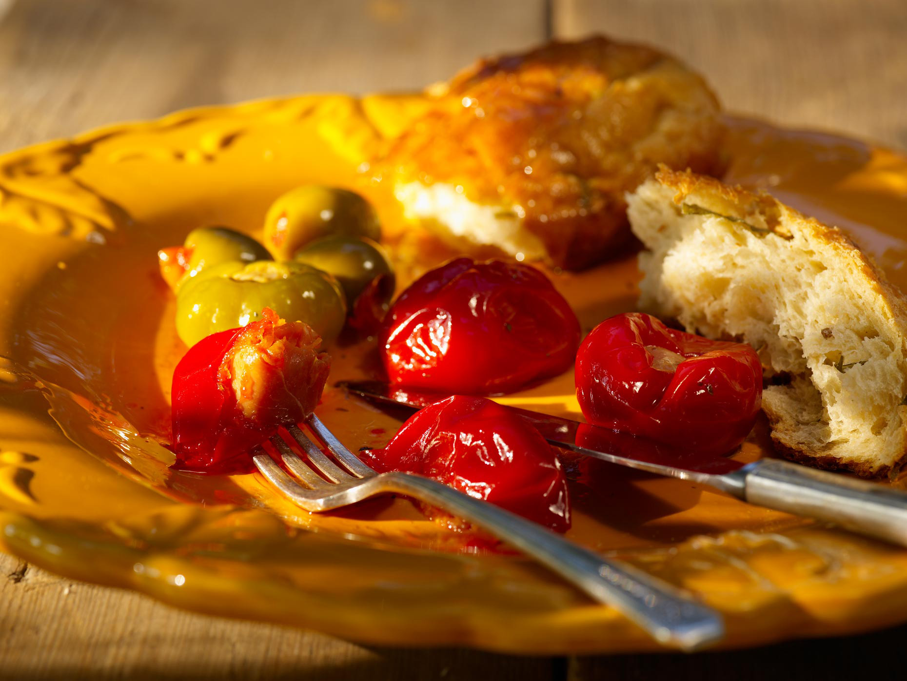 Food Photography | Red &Green Peppers with Bread