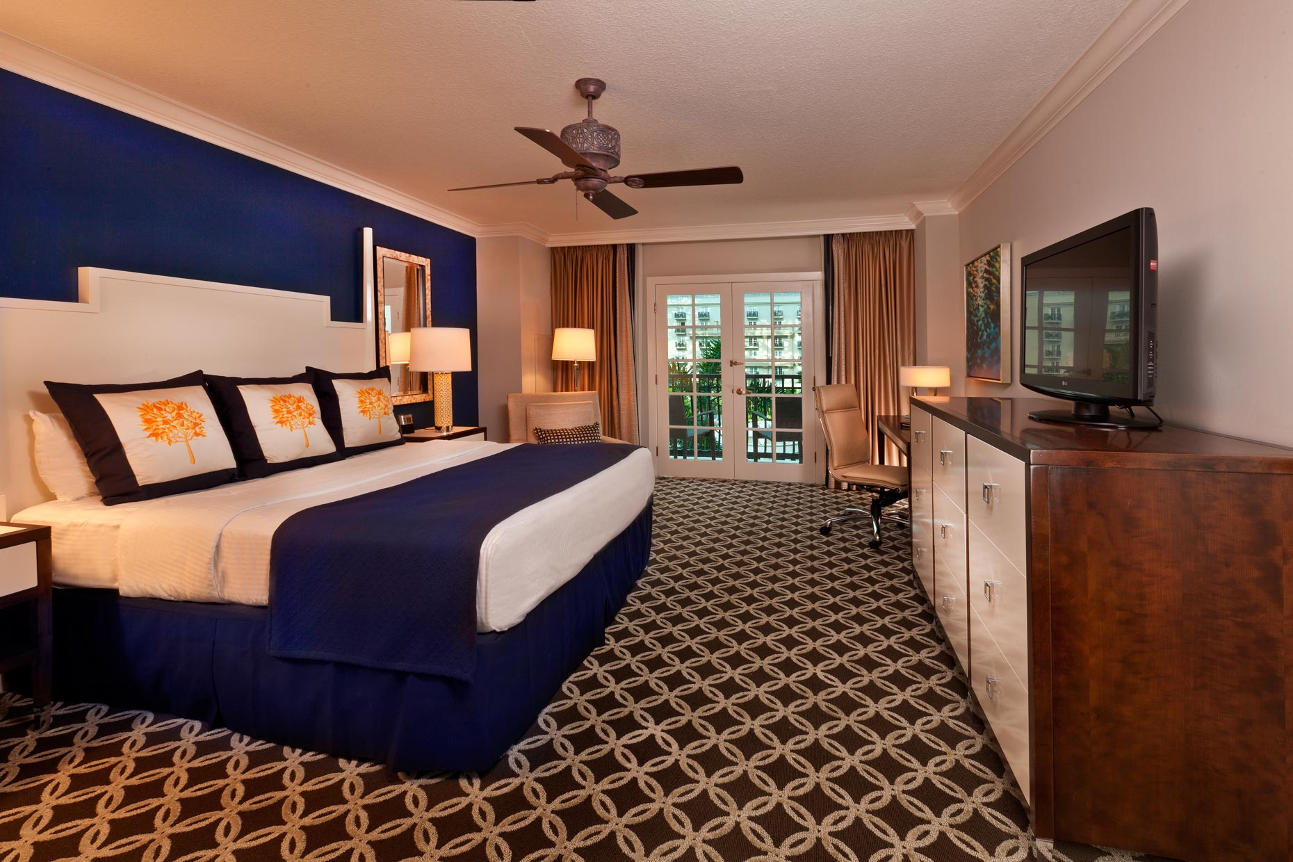Hotel & Resort Photography | Gaylord Palms Hotel Suite