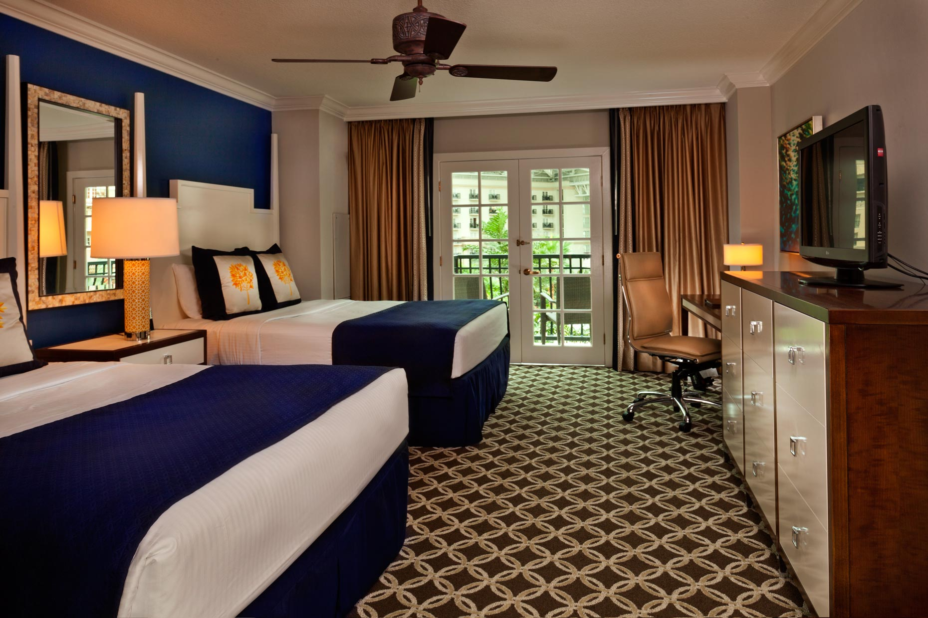 Hotel & Resort Photography | Gaylord Palms Resort Suite