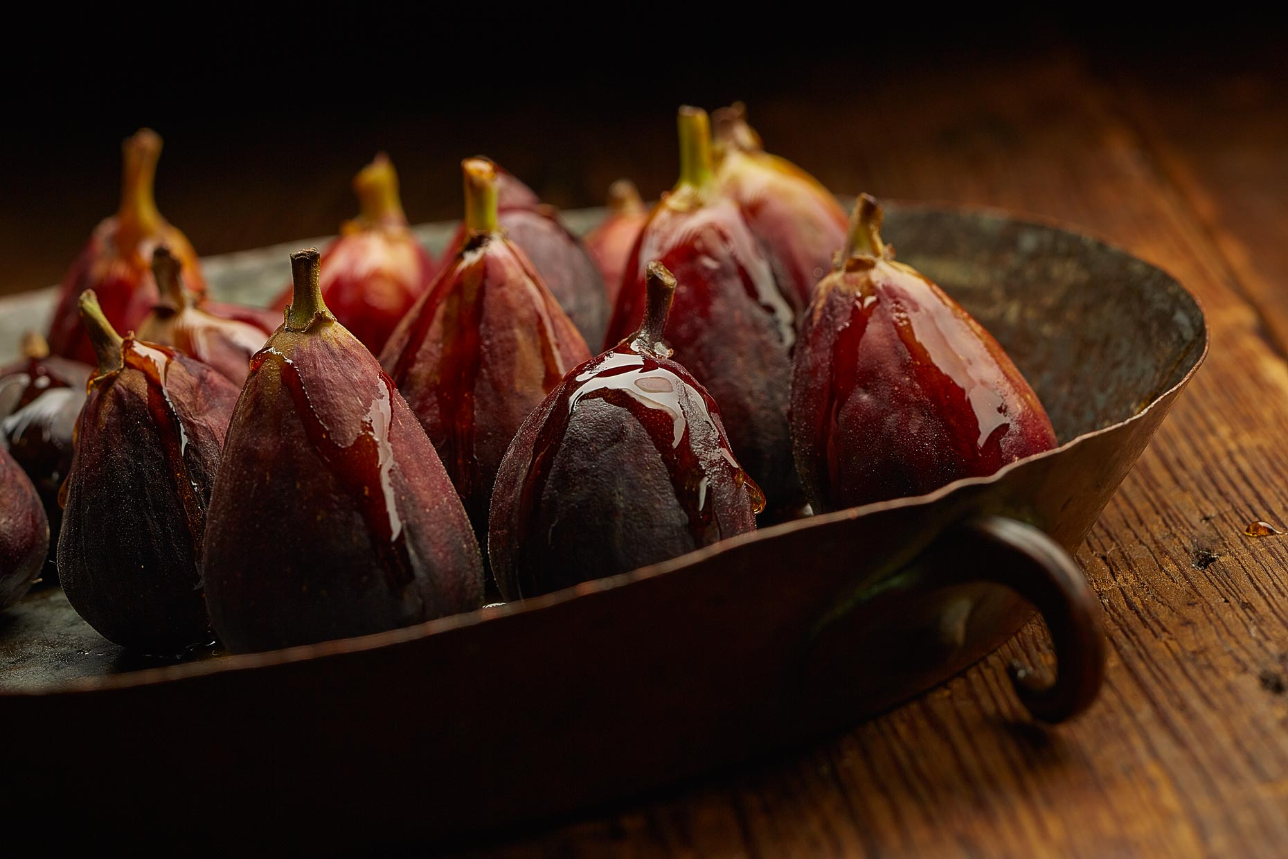 Dessert Photography | Figs with honey